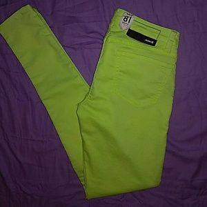 NWT- Hurley neon skinny jeans/jeggings, sz 26